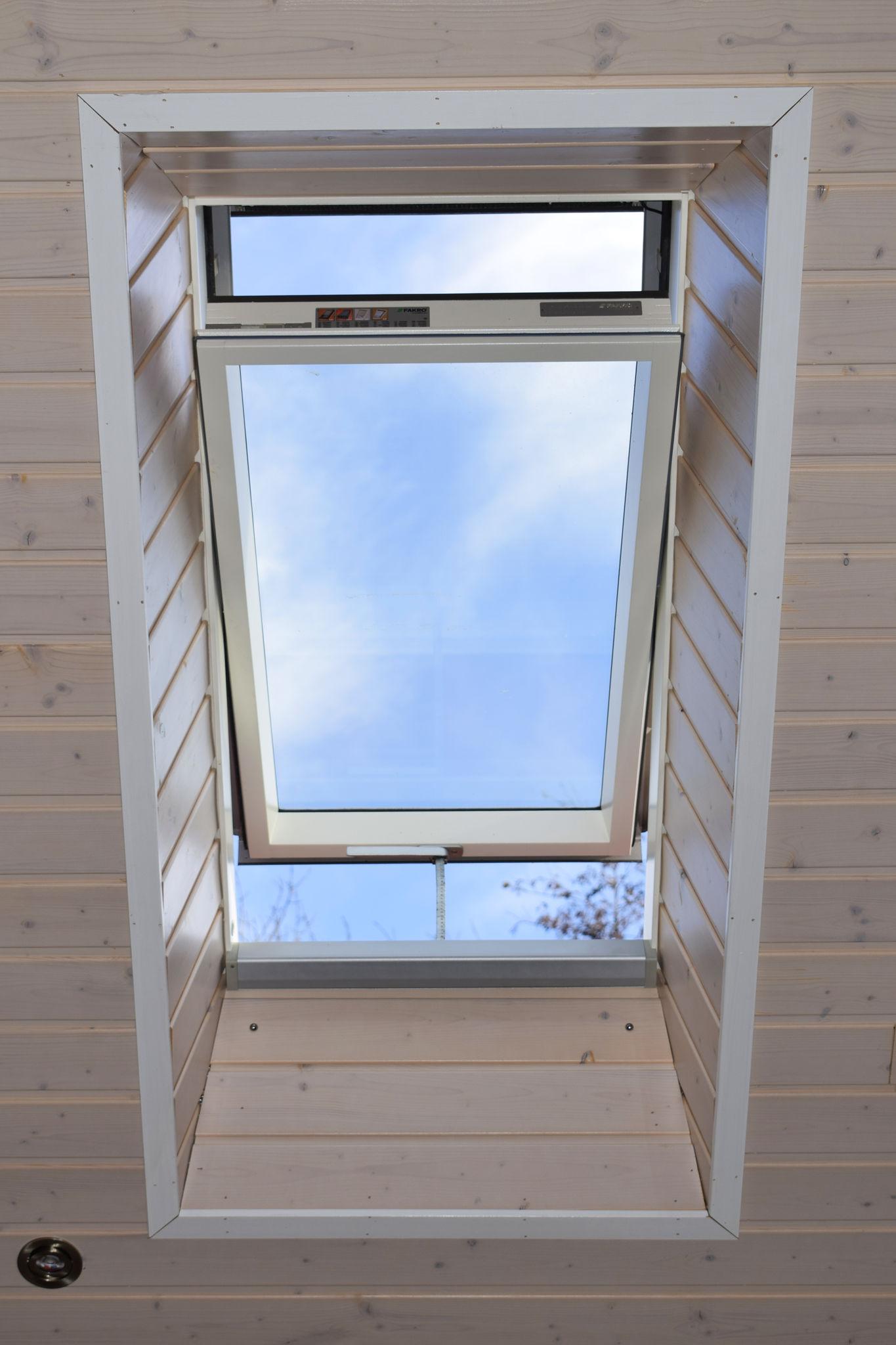 Finlog Roof Window