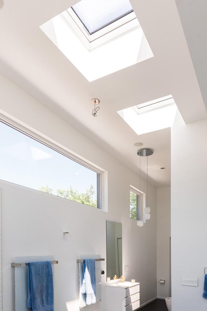 Fakro flat roof window 22