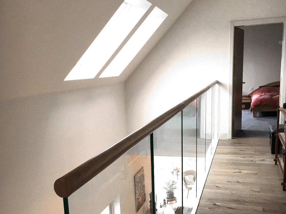 Hoardweel roof windows