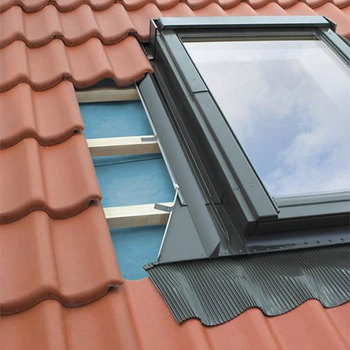 Side Hung Window Flashings for Flat Roof Coverings