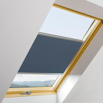 Pleated Blackout Blinds for Roof Windows (APF)